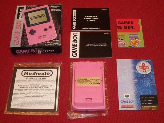 Contenido de la caja de la Game Boy Pocket (Boxed Edition)