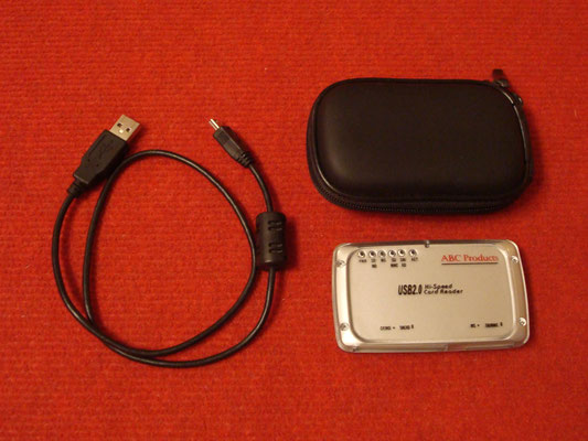 Lector de tarjetas SmartMedia + cable USB + funda de cuero para la GamePark GP32