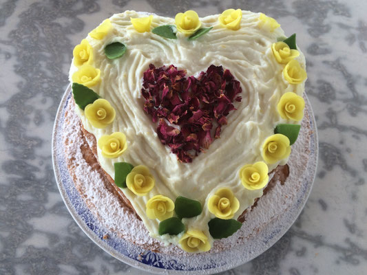 cake for Golden Wedding Anniversary