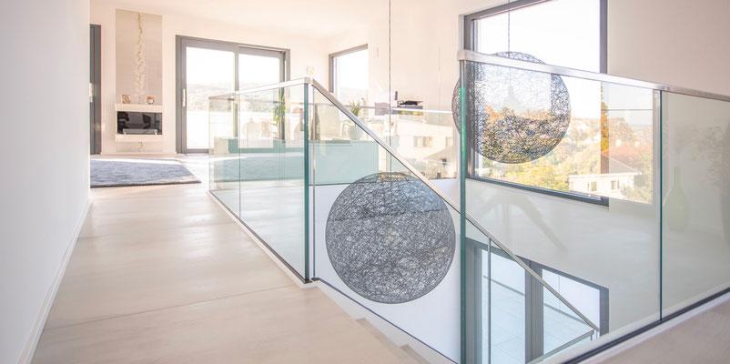 Penthouse mit puristischen großformatigen Fliesen 1,20 x 1,20m - https://www.raisch-fliesen.de - Fliesenleger & Fliesenfachgeschäft für Plochingen, Filderstadt, Esslingen, Stuttgart