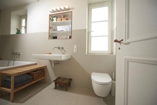 Fliesenlegerfachbetrieb Fliesenfachgeschäft Matthias Raisch Referenzen: Toilette, Bad, Wohlfühlen - Badrenovierung mit Stil in der Region Stuttgart