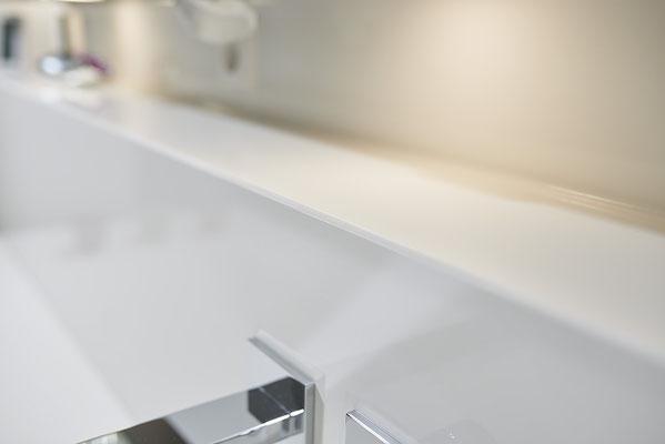 Fliesenlegerfachbetrieb Fliesenfachgeschäft Matthias Raisch - Stilvolle Badgestaltung im 5 Units für Wilma in Tübingen - klassisch chic