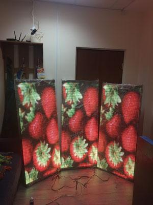 светодиодный экран в окно