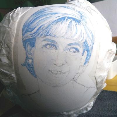 Schilderfase urn met portret-Handgemaakte-Urnen-Urn-laten-maken-Urn-laten-beschilderen