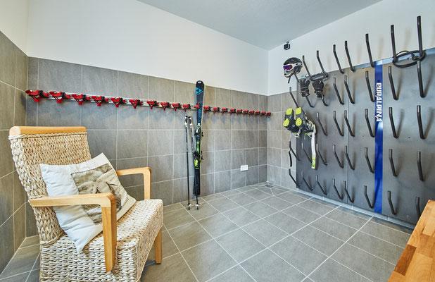 großzügiger Skikeller im Appartement Schönfeld