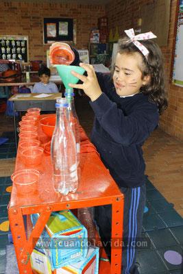 Experimento de los vasos. Práctica Bilingüe en Gimnasio Fontana. 2011