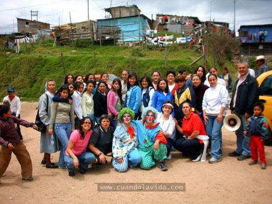 Día de los niños. 2006. Barrio Villas de la Capilla con el Exalumnado del Centro María Auxiliadora