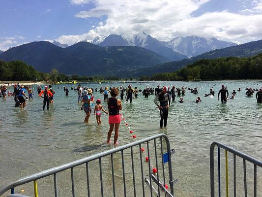 Triathlon de Passy - natation dans le lac de Passy