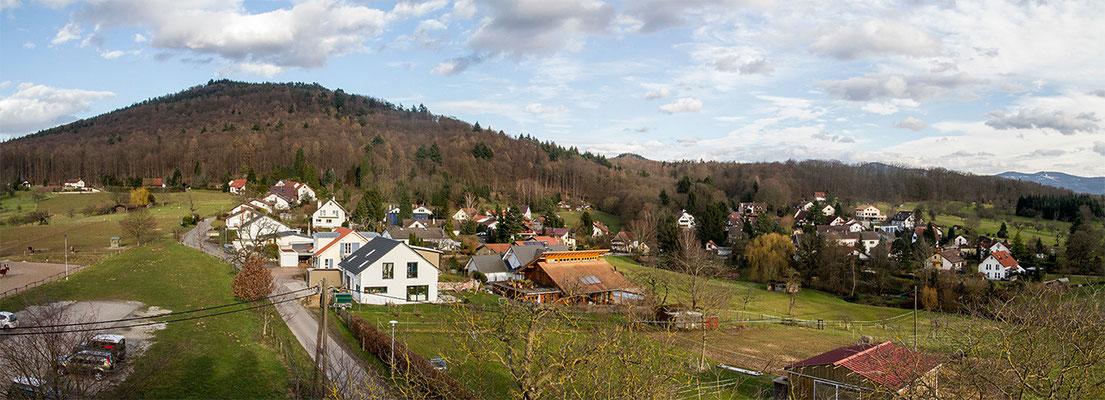 "Winkel am Fuße des Eichelbergs, dem ""Wächter"" des Murgtals"
