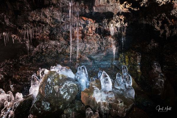 Vulkanhöhle Raufarhólshellir (Lava Tunnel), ca. 30 min. von Reykjavík entfernt