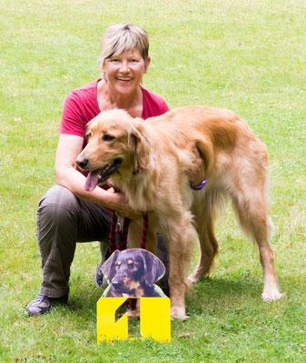 Die beiden haben Grund zur Freude: Jolanda vom Eichwaldsgrund, Schönster Junghund der Schau