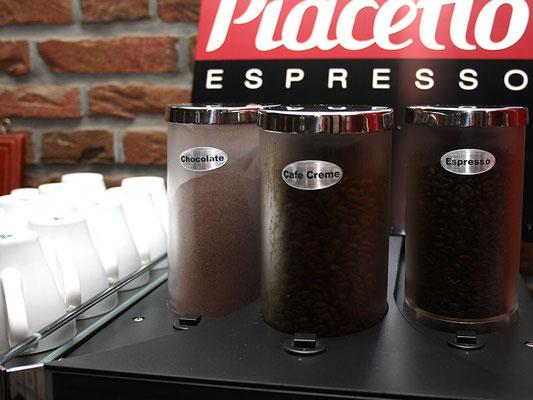 heiße Schokolade oder lieber Kaffee