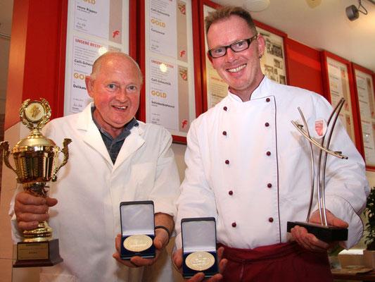 Heinzi & Chrischen mit den neuen Medaillen