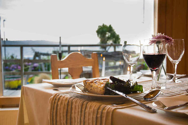 Restaurant con vista al mar