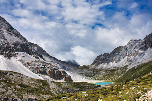 Milk lake, 4500m hoogte. Yading nature reserve in China