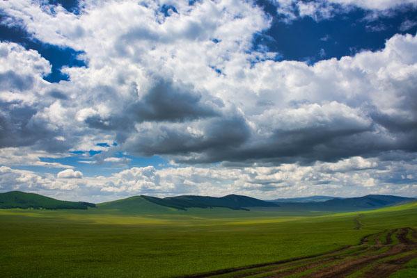 Uitgestrekte vlaktes in Mongolië