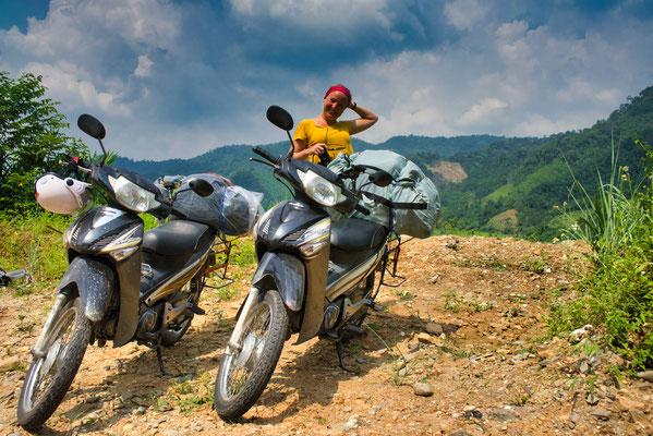 2 gehuurde semi-automatische motorfietsen