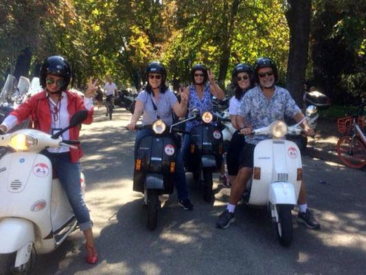 GuideInBologna - A Vespa tour on the hills
