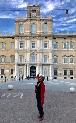 Guide in Bologna  Palazzo ducale