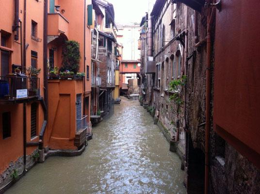 GuideInBologna - Visite guidée de Bologne amoureuse