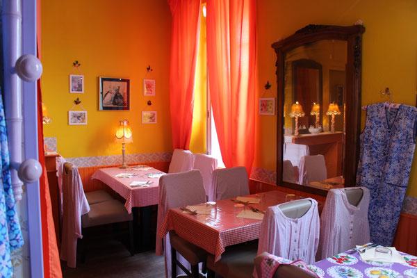 """Frankreich, La Rochelle, Das spezielle Restaurant""""Mamie Bigoude"""""""