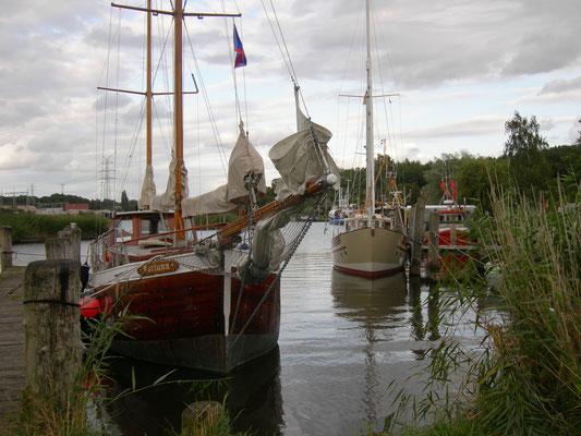 Gothemund, Schiffe im Hafen,Hansestadt Lübeck