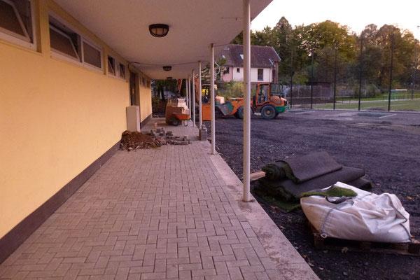 16.10.2012: Frisch gepflastert.