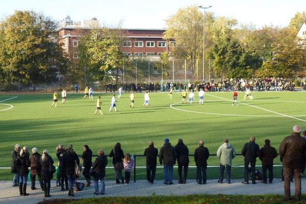 28.10.2012: Gegengerade. 1. Mannschaft - SpVgg. Sterkrade 06/07