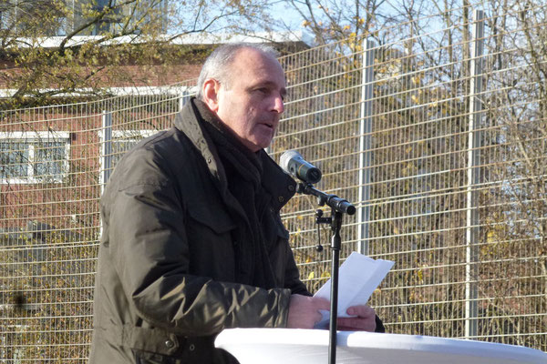 Der zweite Redner: Vereinsvorsitzender Udo Weinert