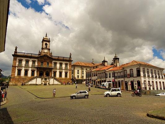 Praça Tiradentes, das Zentrum von Ouro Preto