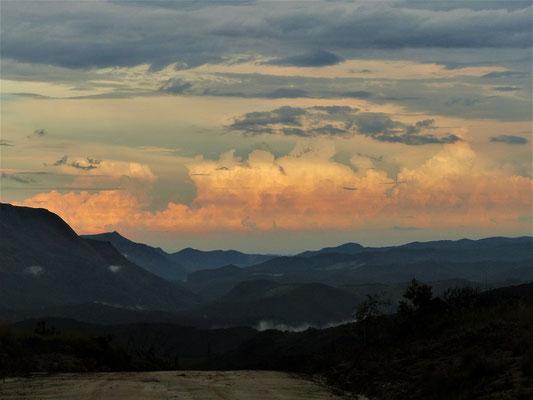 Ausblick von unserem Übernachtungsplatz auf die Serra do Ouro Branco