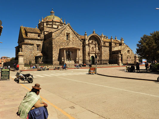 Kirche Santiago Apostol