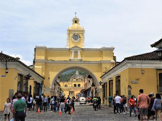 Arco de Santa Catalina - das Wahrzeichen Antiguas
