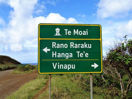 Weiter marschieren wir nach Vinapu