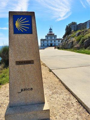 Für viele Pilger ist hier - am Kap Finisterre - das Ende ihrer Wanderung