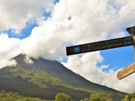 ....und höchster Punkt unserer Wanderung mit Blick zum Arenal