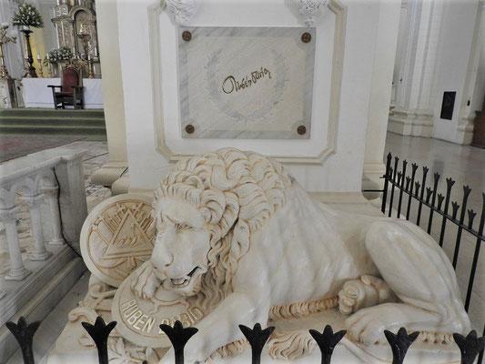 Grab des berühmten nicaraguanischen Dichters Rubén Darío