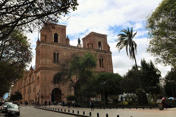 Kathedrale - Türme fehlen wegen falscher Berechnung der Statik