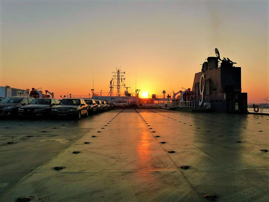 Sonnenuntergang über Deck 12
