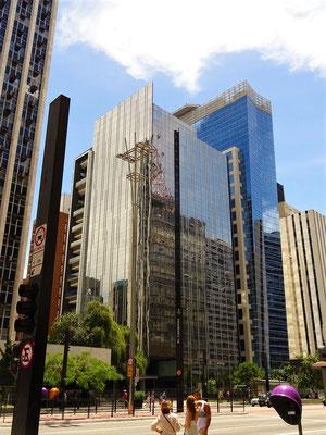 Avenida Paulista - die bekannteste und teuerste Strasse in Brasilien....