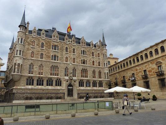 Casa Botines - ein Werk Gaudís