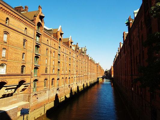 Ein Kanal in der Speicherstadt - UNESCO