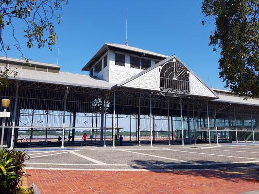 Glaspalast - 100 Jahre alte Stahlkonstruktion