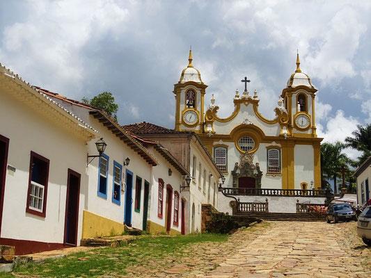 Die Kirche Matriz de Santo Antônio....