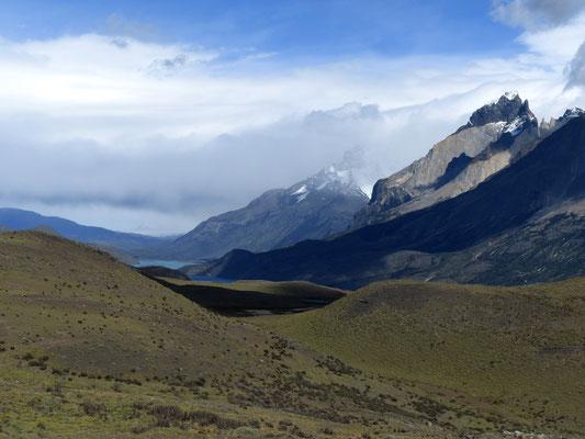 Die ersten Gipfel der Südkordillere