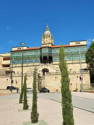 Casa Lis - Museo de Art Nouveau y Art Déco, das einzige Jugendstilgebäude der Stadt