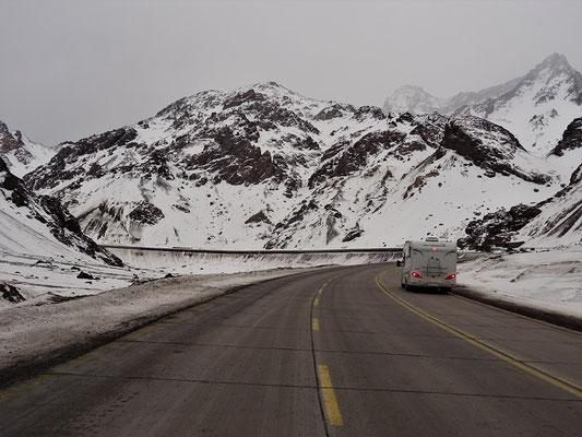 Die verschneite chilenische Seite