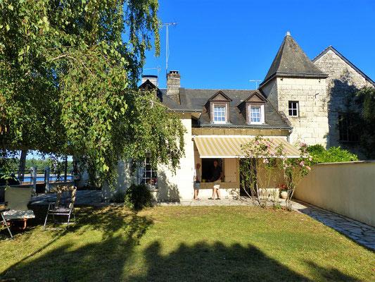 ....mit schönem Garten und Blick auf die Loire