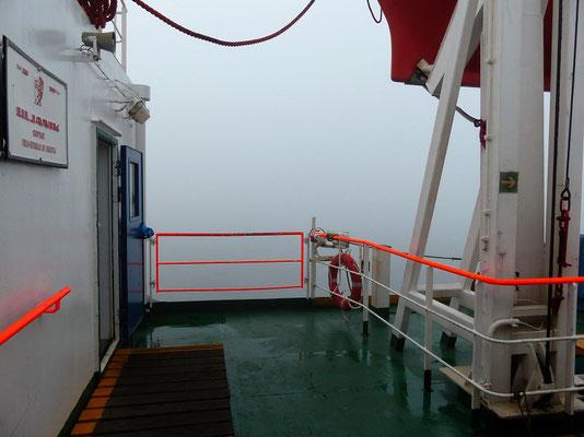 Was machen wir da bloss in diesem dicken Nebel? Ah...,wir verstecken uns ! ;o))