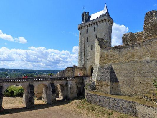Eingangs-Turm
